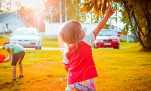Simple And Smart Ways To Keep Our Kids Healthy This Summer, summer health tips, kids health summer.